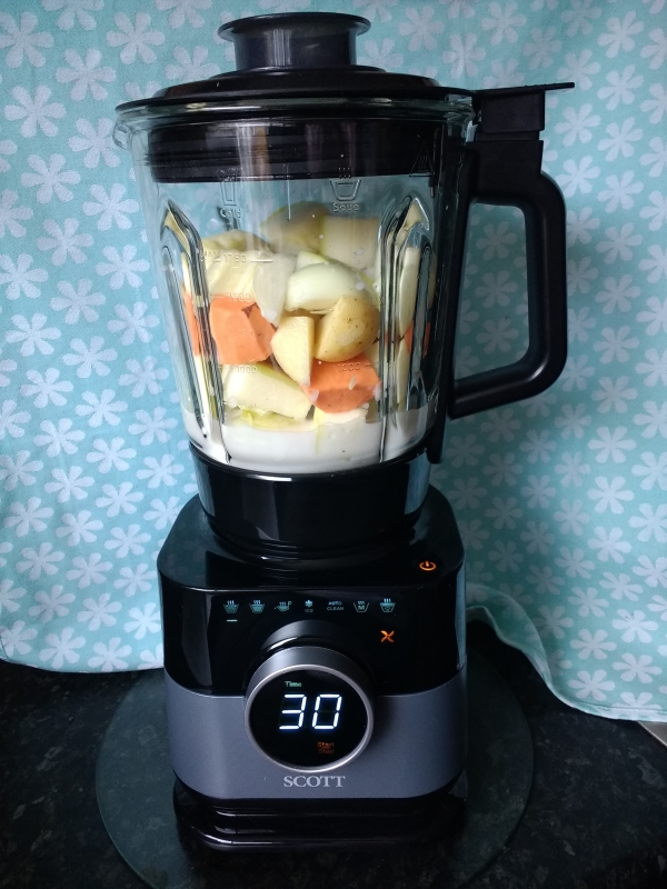 Read the Peachick Approved Review of the Simplissimo Chef All-in-One Cook Blender & find out if this multi-functional gadget won a place on our worktop!
