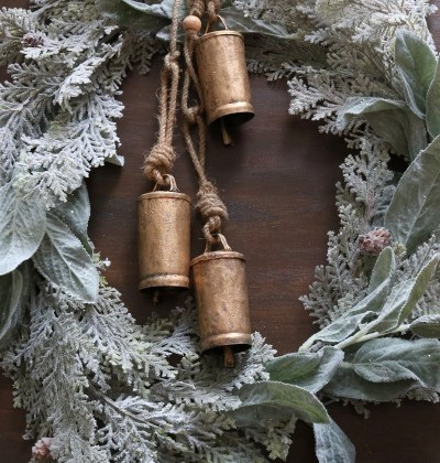 DIY Christmas Bell Wreath