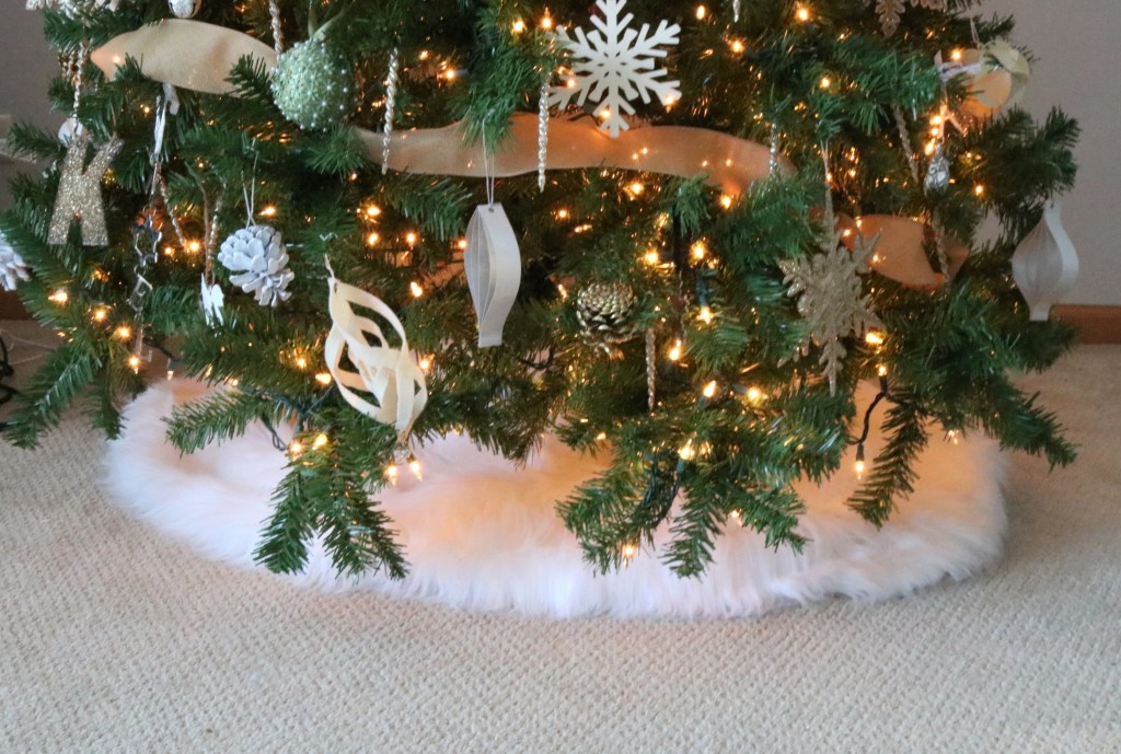 Christmas Tree Fur Skirt