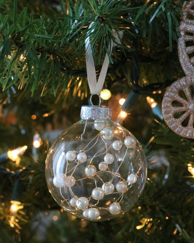 pearl-wire-on-tree
