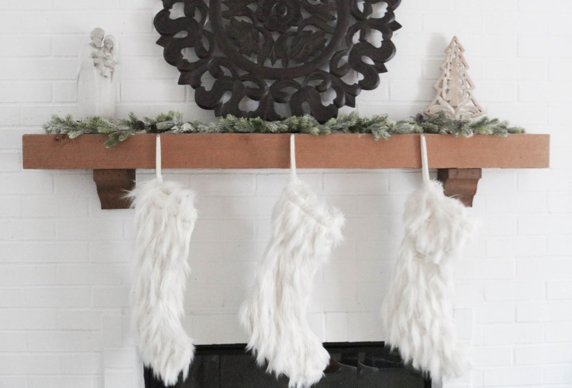 Christmas Fireplace Decor Stockings