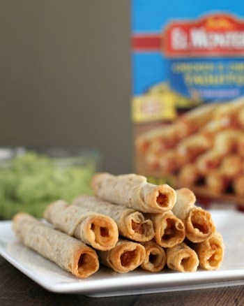 El Monterey Chicken & Cheese Flour Taquitos