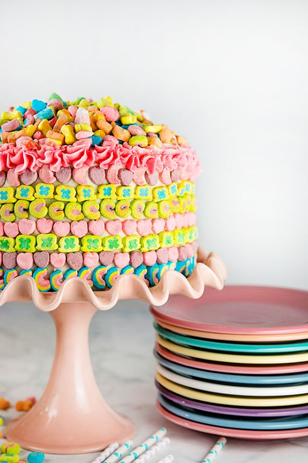 Lucky Charms Rainbow Cake