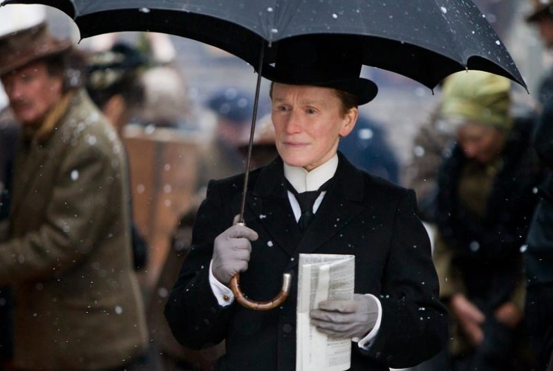 UK Trailer For Albert Nobbs
