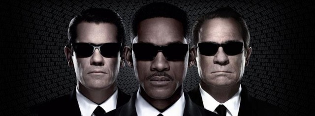 Alien Ass Kicking Time In 3 New MEN IN BLACK 3 Clips