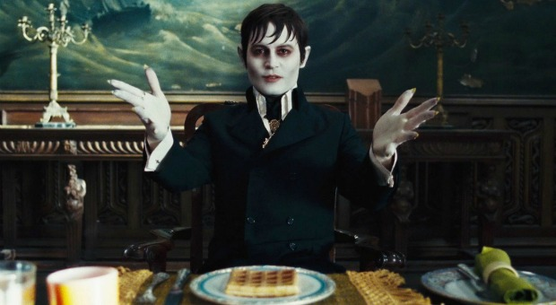Dark Shadows Review (2012)