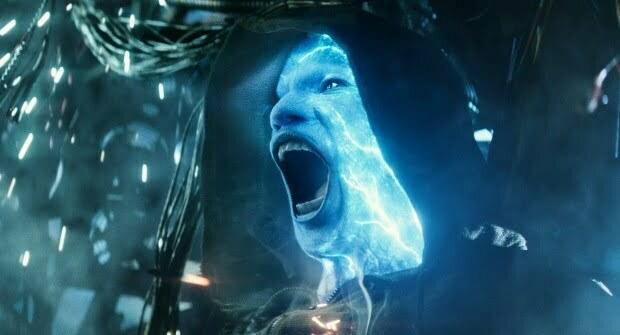 The Amazing Spiderman 2  'Rise Of Electro' Trailer Raises Pulses