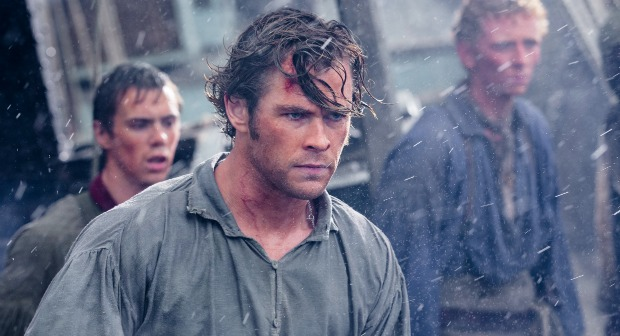 Thor Vs The Whale In The First In The Heart Of The Sea UK Trailer