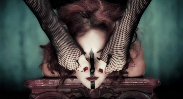 Why Freak Show Is The Best American Horror Story Yet.