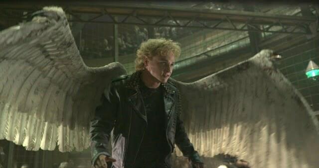 New X-Men Apocalypse Clip – Nightcrawler And  Angel Cage Fight