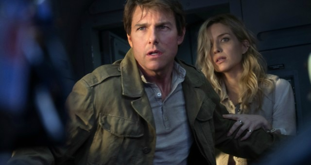 Tom Cruise Runs, Runs And Runs In The Mummy First Trailer