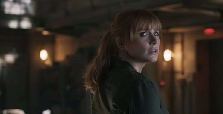 Jurassic World: Fallen Kingdom Featurette 'Life Finds A Different Way'