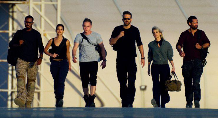 In  Netflix 6 Underground Trailer Ryan Reynolds Is A 'Dead Billionaire'