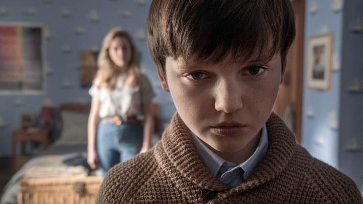 The Kids Will 'Creep' You In The Haunting Of Bly Manor Trailer