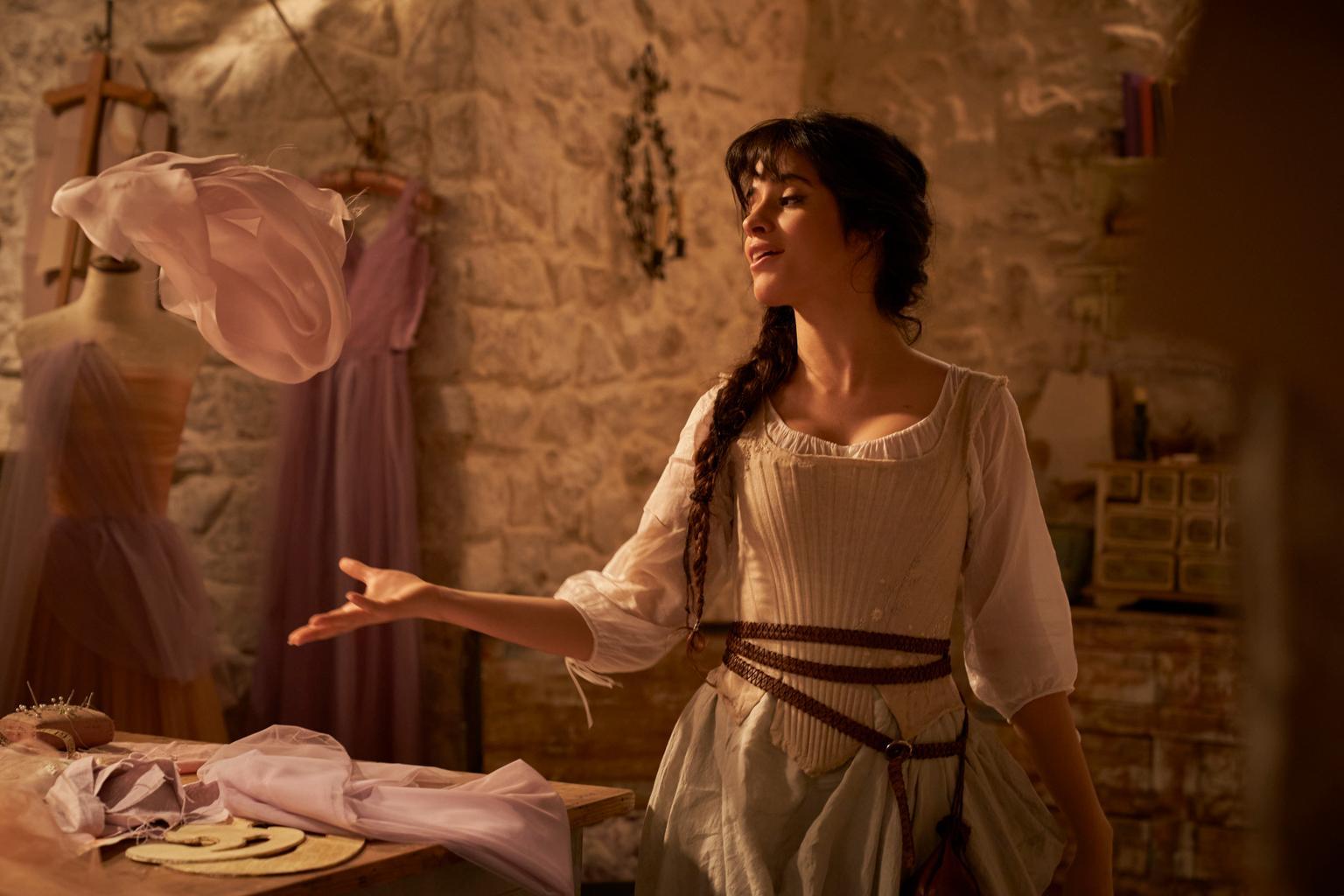 Digital Review – Cinderella (2021)