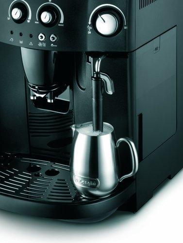 De'Longhi Esam4000.b Magnifica Bean to Cup Coffee Machine