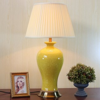Solid color glazed ceramic vase base ceramic table lamps with crackle craft