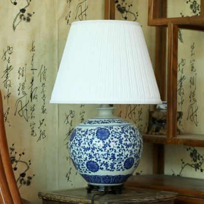 Antique Blue and white ceramics chinese style table lamp ofhead vintage lamps