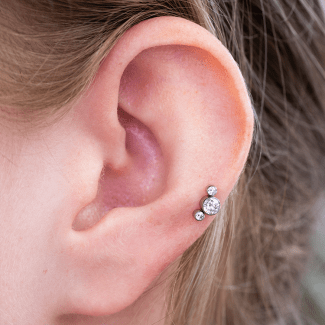 Auricle 3 Stone Crystal Cluster Silver Clear (QualiTi) (Website)
