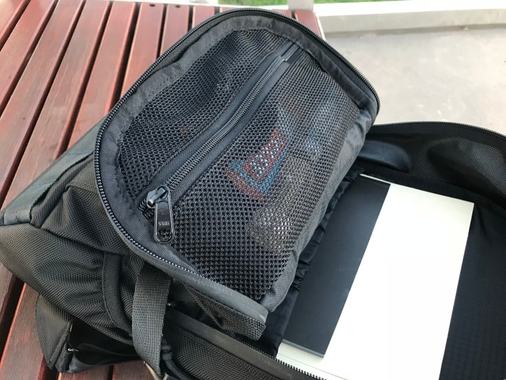 Arktype Dashpack Review Mech Pocket