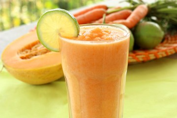 Morning Super Hydrating Smoothie for healthy low fat breakfast