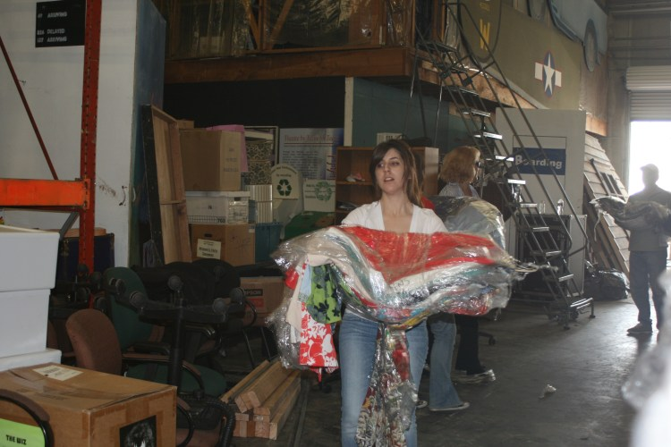 Cotsume load-in (19)