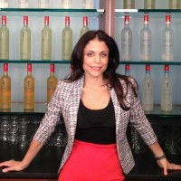 bethenny-frankel-real-housewives-of-new-york-city-new-season-7-skinnygirl-entrepreneur-200x200