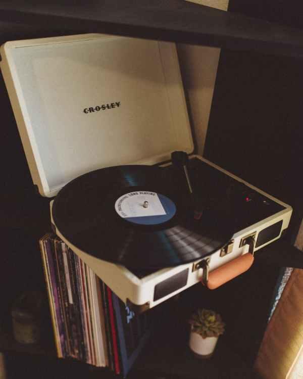 Vinyl Vibes: Bon Iver