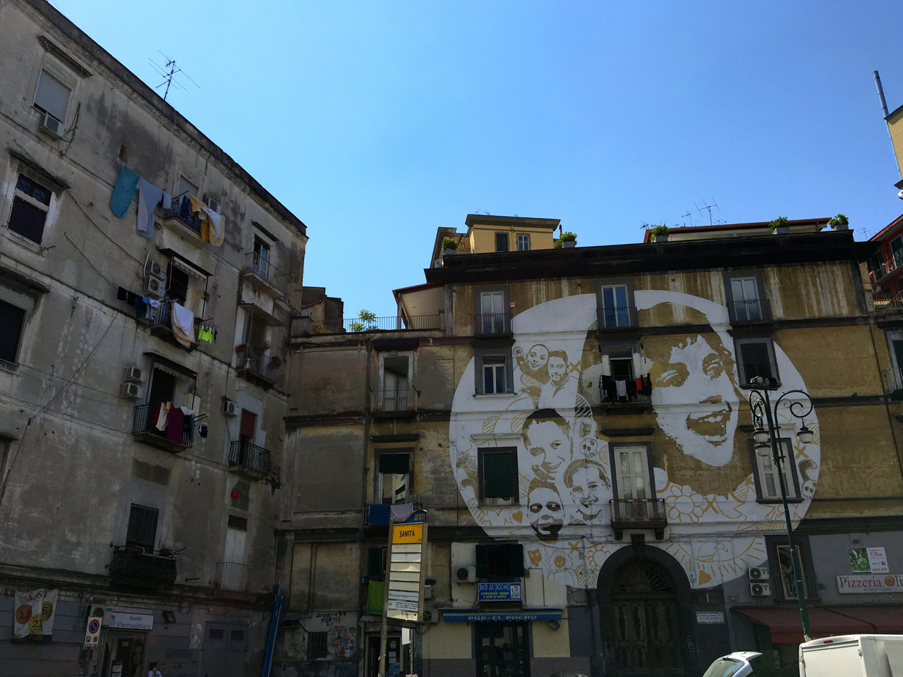 Naples Italy A Visit To Rione Sanit 224 Skulls Scars