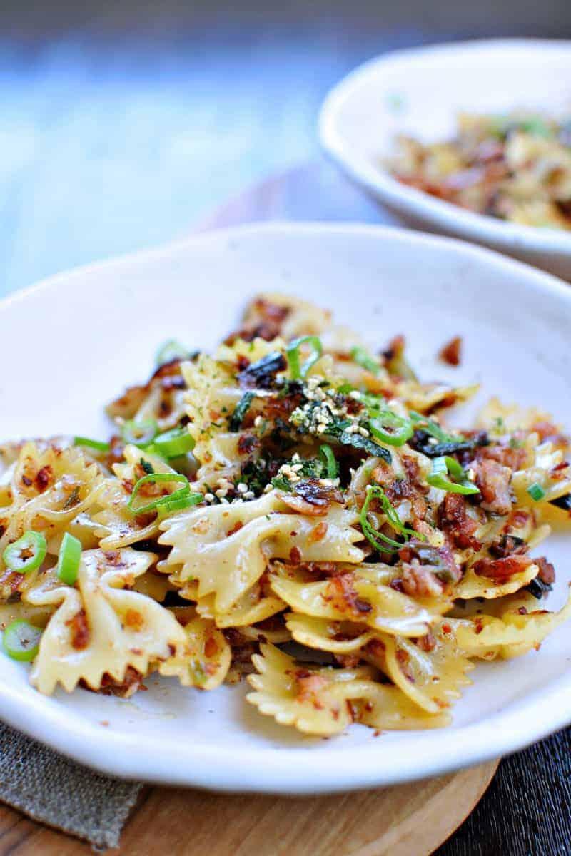 spicy caramelized spam + scallion pasta recipe via thepigandquill.com   #pasta #dinner #recipe #summer