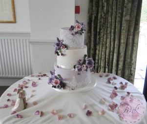 lace-lilac-lavender-wedding-cake-set-up-copy