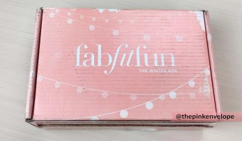 womens-beauty-subscription-box-fabfitfun-winter-2015