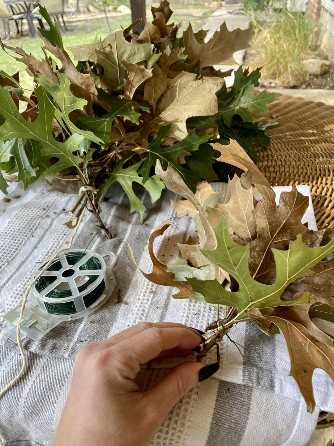 How To make a Real Leaf Garland