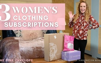 3 Women's Clothing Subscription Boxes 2021