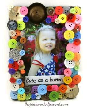Diy cute as a button picture frame arts & craft - a wonderful gift idea that adults or kids can make ..