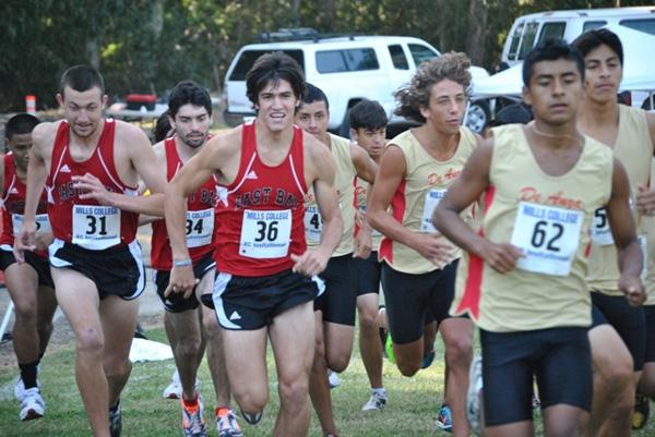 Cross Country Teams Work Hard, Win Easy – The Pioneer