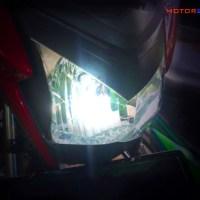Headlamp lampu LED vs Halogen, mana yang lebih bagus dan terang?