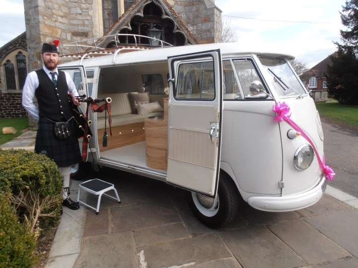 Image of Matthew McRae bagpiping at a wedding in Maldon, Essex
