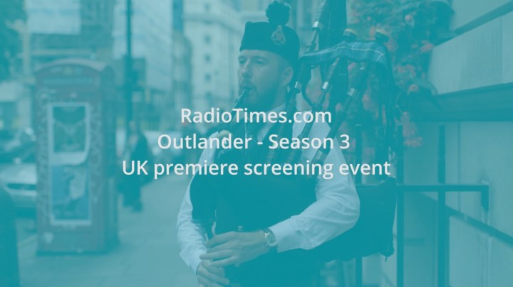 Image of Matthew McRae playing outside Sony Pictures for the Outlander fan screening event