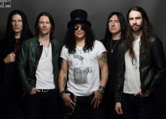 """SLASH FT MYLES KENNEDY AND THE CONSPIRATORS: RELEASE NEW VIDEO """"BOULEVARD OF BROKEN HEARTS"""""""