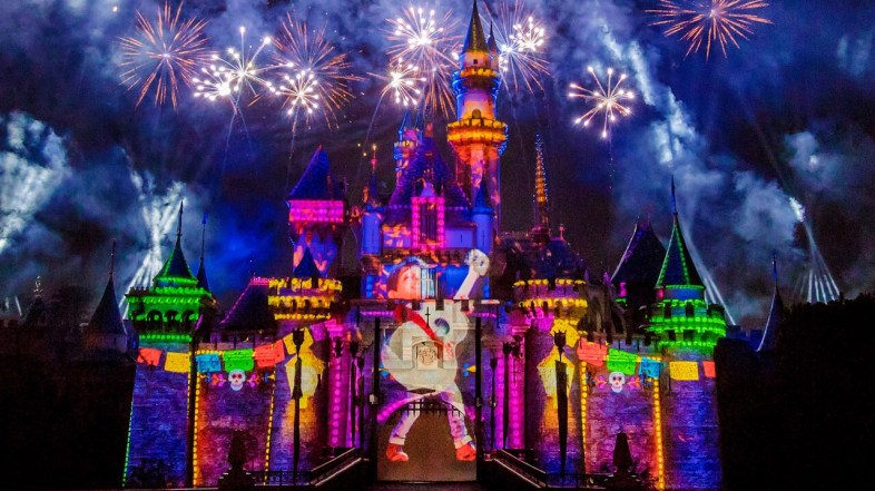 Disneyland gets an Amazing new Nighttime Show