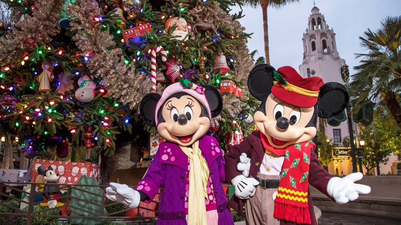 Disneyland Resort 'Decks the Halls' for the 2019 Holiday Season, Beginning November 8