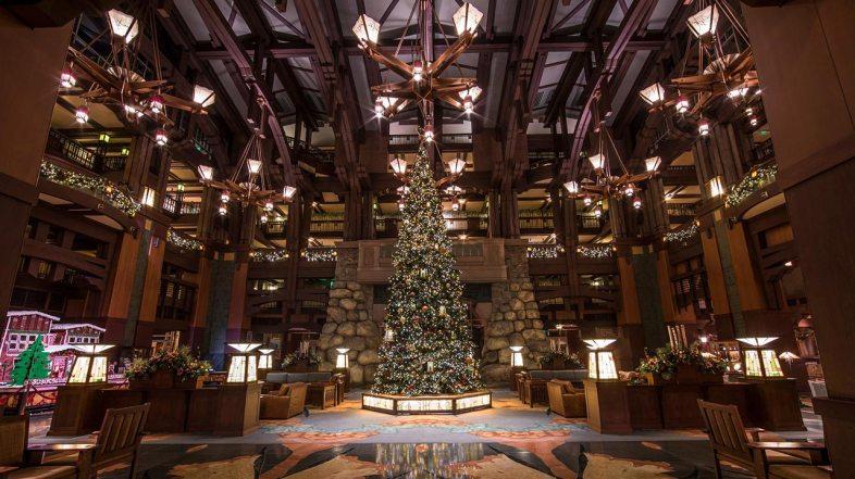 10 Festive Ways to Enjoy the Holidays at the Hotels of Disneyland Resort