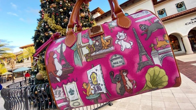 Aristocats Dooney and Bourke Just in time for Christmas