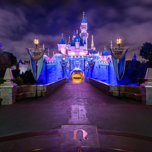 Disneyland Retires Annual Passholder Program with no Known Opening Date