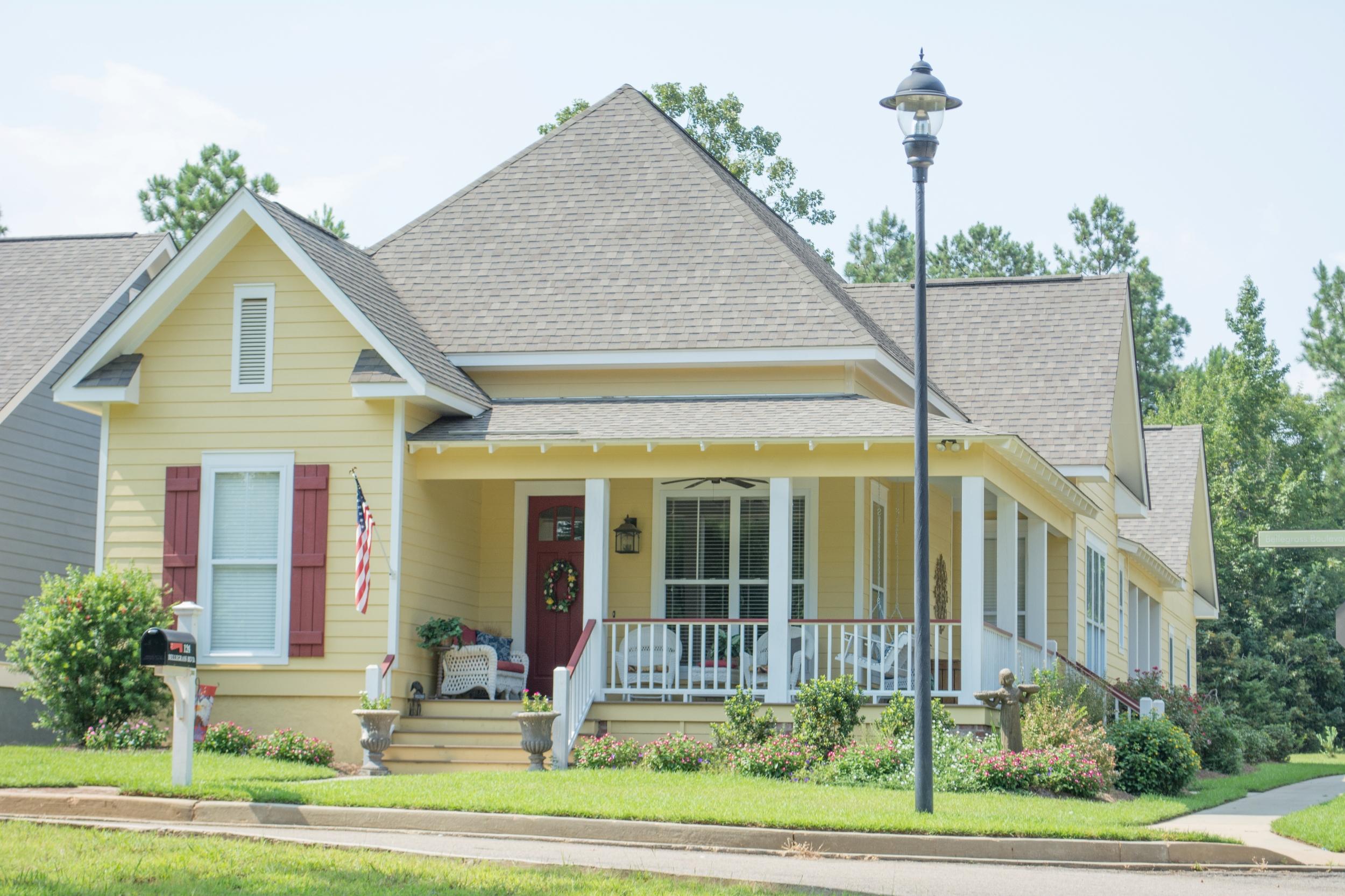 House Plan #142-1080: 3 Bdrm, 1,825 Sq Ft Cottage Home