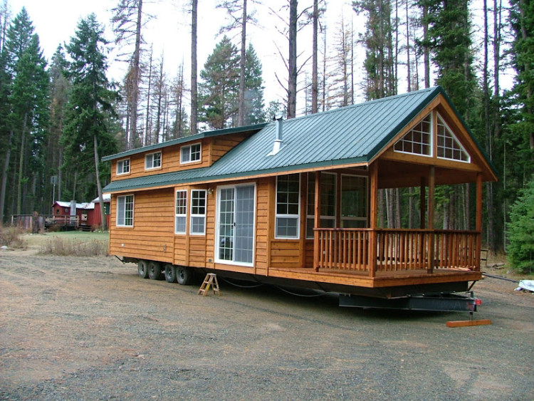 What You Need To Know About Tiny Vs. Small House Plans