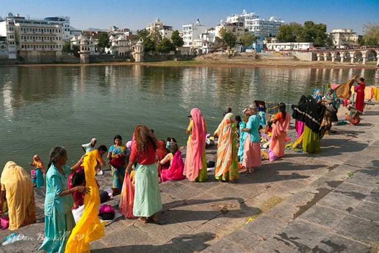 what to do in udaipur ghats in the morning