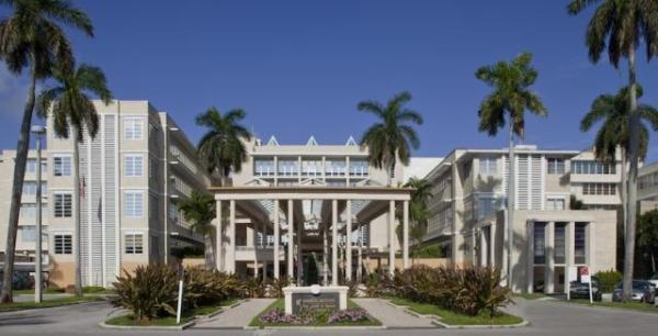 WPTV: West Palm Beach Hospital Rolls Out Plant-Based Menu ...