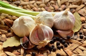 garlic-1336848_1280